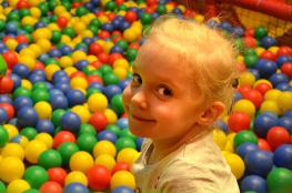 Zabrze Atrakcja Sala | plac zabaw Mali Odkrywcy